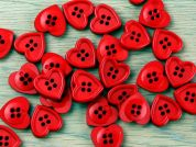 Crendon Plastic Heart Shape Buttons