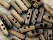 Crendon 2 Hole Wood Toggle Buttons