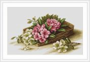 Luca-S Counted Cross Stitch Kit Basket With Flowers