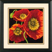Dimensions Needlepoint Kit Red Poppy Trio