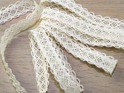 Looped Edge Natural Cotton Lace Trimming