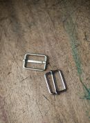 Merchant & Mills Metal Sliders  Silver