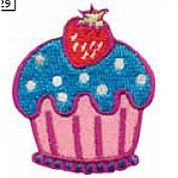 Craft Factory Iron or Sew On Fabric Motif Applique Cupcake