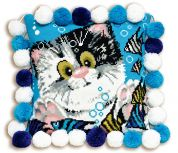 RIOLIS Counted Cross Stitch Kit Kitty Cushion