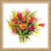 RIOLIS Counted Cross Stitch Kit Tulips in a Vase