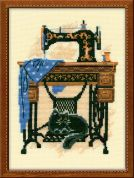 RIOLIS Counted Cross Stitch Kit Cat with Sewing Machine