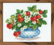 RIOLIS Counted Cross Stitch Kit Basket of Strawberries