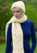 Stylecraft Ladies Hat & Scarf Life Knitting Pattern 8450  Super Chunky
