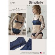 Simplicity Sewing Pattern 8711