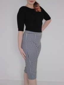 Dogtooth Capri Trousers: New Look 6420 Pattern Review
