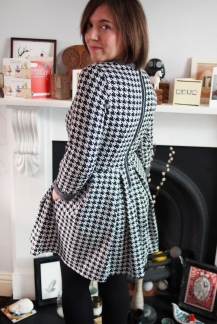 Dogtooth X-Shape Winter Dress